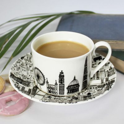 Central London teacup and saucer set